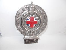vintage rac car badge elkington soild brass ,  nickel plated   , enamel union jack centre   1910 - 1920s early car badge very rare   low number B204  type 2a-c badge