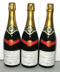 1976 Perrier-Jouet Brut Champagne, lot of 3 bottles (perfect level)