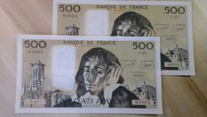 France - 2 x 500 francs 1977 - Pick 156 - Fayette 71.17 - consecutive numbers