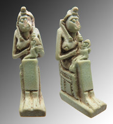 Egyptian faience amulet of Isis with Horus on her lap - 40 mm