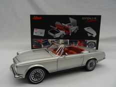 Schuco - Scale 1/18 - Mercedes-Benz 280 SL Cabrio - Colour Silver