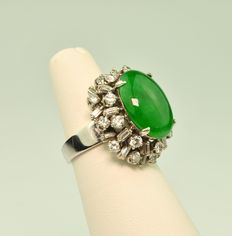 Jade & Diamond (1.50ct total) White 18K Gold Ring