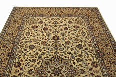 Fine Persian carpet Kashan 3.07 x 2.08 cream handwoven high quality new wool oriental carpet GREAT CONDITION