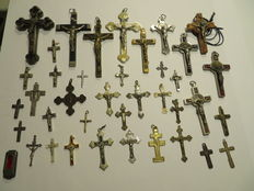 Lot of crucifixes - some from before 1900