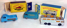 (Moko) Lesney Matchbox - Div. schalen - Volkswagen Microvan No.34a, Morris JP Pick Up No.60a en Greyhound Coach No.66c