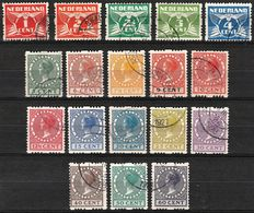 Netherlands 1925 – Two-sided syncopated perforation – NVPH R1/18