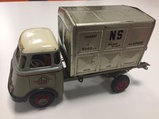 "Arnold, Western Germany - Length 27.5 cm - DAF truck ""van Gend & Loos"" with friction motor and container ""NS from House to house"", 1950s"