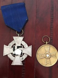 3rd Reich: Faithful Service Honour Badge 2nd Level for 25 Years 1938 and War Merit Medal 1939