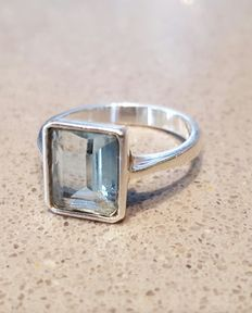 Aquamarine ring with 925 silver - Size 18