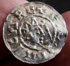 County of Frisia - AR Denier Burno III (1038-1057), minted in Dokkum