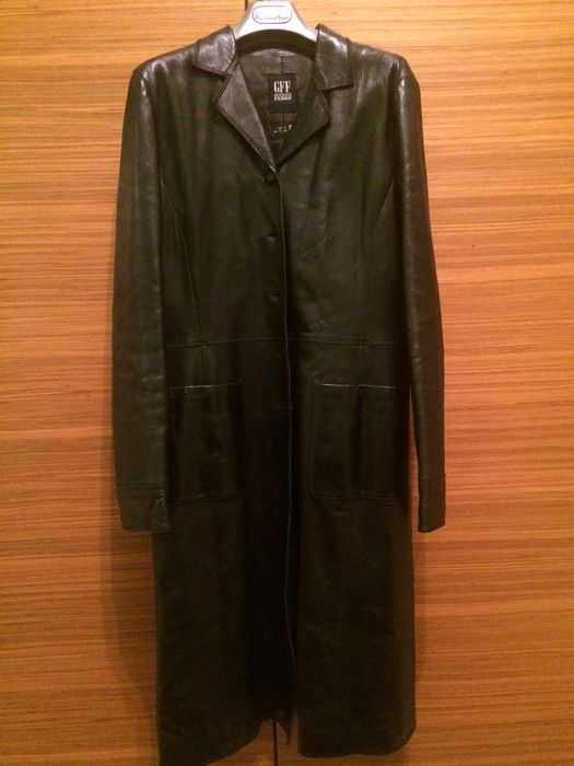 Gianfranco Ferré – Leather trench
