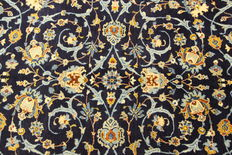 Fine Persian carpet Kashan 4.15 x 2.81 blue handwoven in Iran high quality new wool Oriental carpet TOP CONDITION
