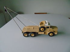 Dinky Supertoys-France - Scale 1/48 - -Berliet GBO Saharian oil truck No.888