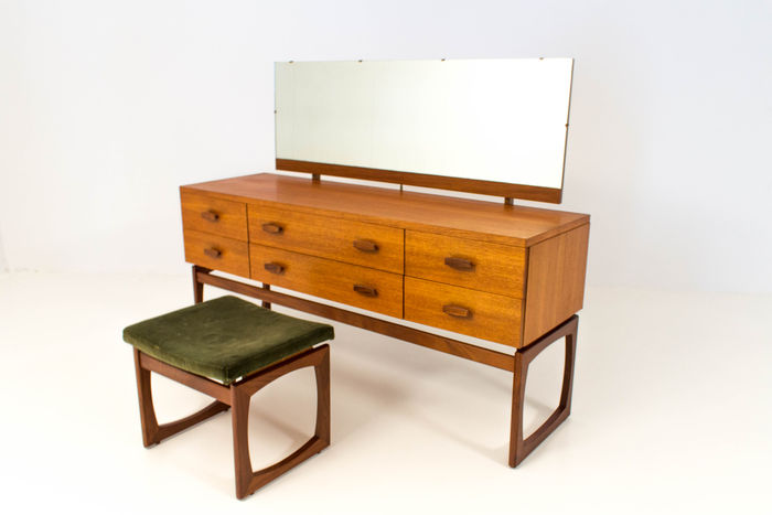 G Plan Vintage Mid Century Modern Dressing Table With Original