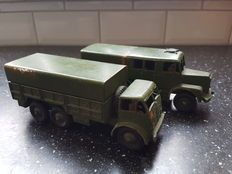 Dinky Supertoys - Schaal 1/48 - Kavel met Medium Artillery Tractor No.689 en 10-Ton Army Truck No.622