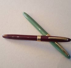 2 x classic Sheaffer fountain pen mint condition