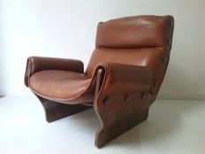Osvaldo Borsani – Canada lounge chair in original cognac leather