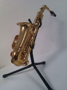 Roy Benson - saxophone - including stand
