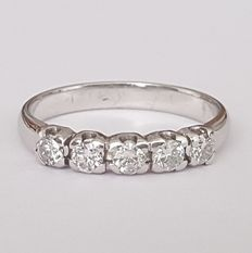 14 kt white gold ring with diamonds of 0.50 ct - Size: 17.5 mm,, 15/55 (EU).
