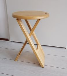 """Adrian Reed for Princes Design Works – """"Suzy"""" stool"""