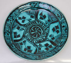 Porceleyne Fles - Wall plate with Persian decorations.