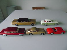 Corgi Toys - Scale 1/43 - Lot of 5 cars: Aston Martin DB5, Austin Healey, Mercedes, Bentley and Lincoln Continental
