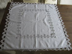 Antique open-work tablecloth with bobbin lace borders of gloss cotton - Belgium - early 20th century