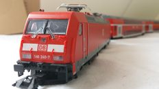 Märklin H0 - From set 29478 - Electric locomotive Series 146 with 2 passenger carriages of the DB