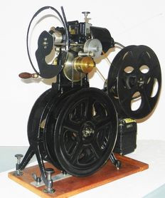 35mm school projector approx. 1920