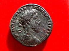 Roman Empire - Marcus Aurelius (161 - 180 A.D.), bronze sestertius (29,85 g. 31 mm), from Rome mint, 179-180 A.D. Virtus seated right, holding spear and parazonium.