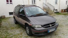 Chrysler - Voyager 2.5 TD Town & Country - 1998