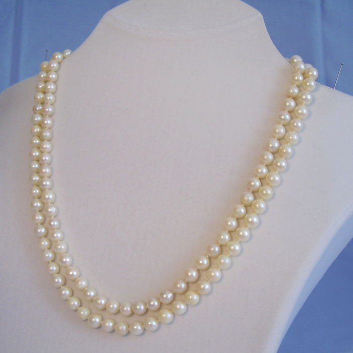 04622be8431f4e Two row Akoya pearl necklace - Catawiki