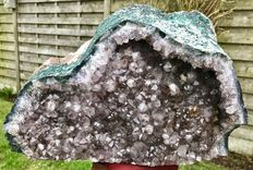 Super large smoky quartz geode with many inclusions - 39 x 27 x 18 cm - 28.3 kg