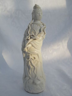 Blanc de Chine Guanyin – Dehua – China – Late 20th century