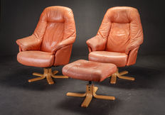 Skalma - set of 2 leather armchairs with footstools