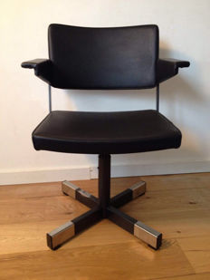 A.R. Cordemeyer for Gispen – model 1645 desk chair.