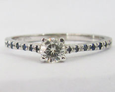 14kt White gold, Diamond and Sappire Engagement ring; Size: 7 US size - (free re-sizing)