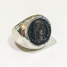 Ring with small original bronze coin depicting Emperor Valens