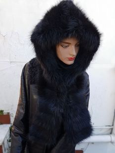 Marmot fur hood. MADE IN ITALY