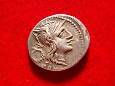Roman Republic - T Cloulius (or Cloelius) silver denarius (3,86 grs. 20 mm.) minted in Rome in 128 B.C. Victory in biga to right.