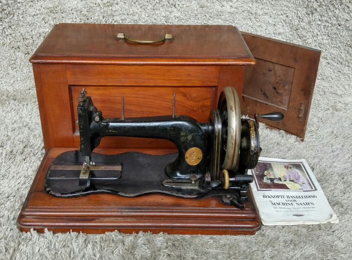 Very Early Singer Antique Sewing Machine USA 40 Catawiki Extraordinary Early Singer Sewing Machine