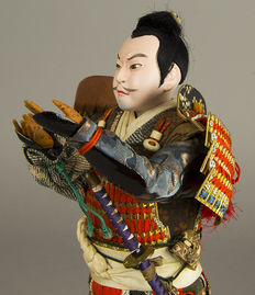 Beautiful Musha Ningyo doll: Toyotomi Hideyoshi, in original box – Japan – 1880-1912 (Meji period)