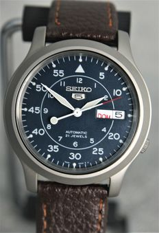 Seiko 5 Military – Men's watch – 2017