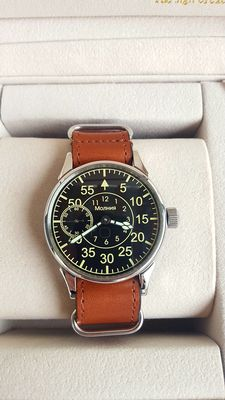 Molnija - Soviet  mechanical  men's  - Wristwatch (never worn)