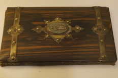 Coromandel brass mounted letter folder with cameo - English - 19th century
