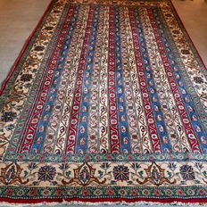 Special, semi-antique Ghom Persian carpet – 310 x 192 – SUPERB APPEAL – with certificate