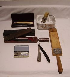 Lot of accessories for shaving
