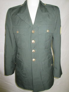 U.S. Army tunic with emblems