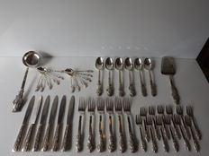 Southeast Asia; lot of 44 silver utensils - complete silverware set - 2.020 kg - circa 1950