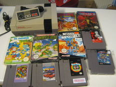 Nintendo Nes with cables, controller and 10 games (5 boxed) - Gremlins 2, Super Spike, Smurfs, Turtles, Mission impossible, etc